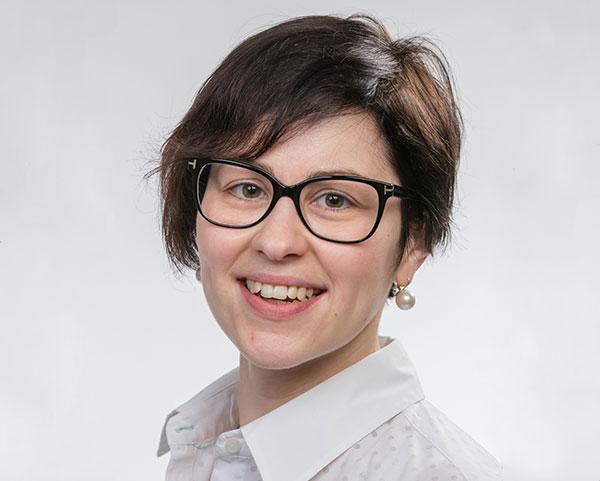 Kim Cauberghs Content & communications manager bij Hello Bank! en spreker op Let's Talk Generations een initiatief van Howest Communicatiemanagement